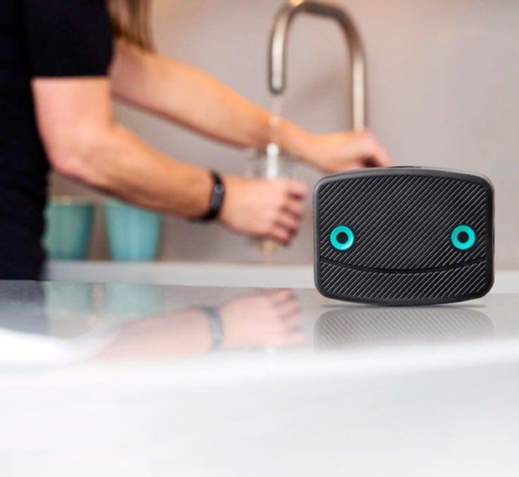 A Internet das Coisas (IoT) vai poupar milhares de euros e muitas dores de cabeça nas casas, graças à prevenção de fugas de água. Apresentamos o Leakbot!